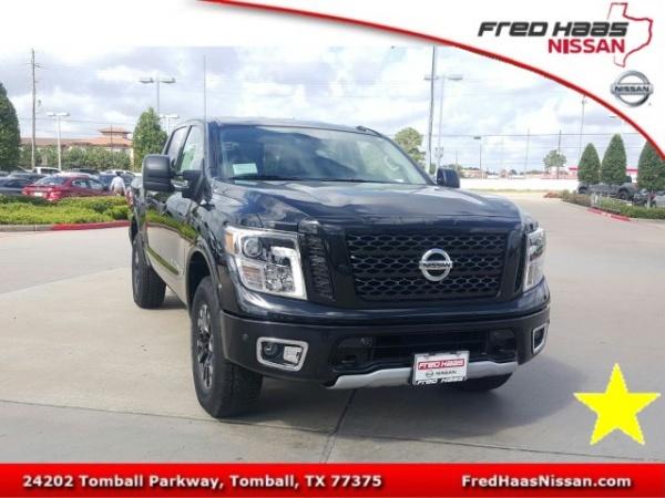 2019 Nissan Titan in Tomball, TX