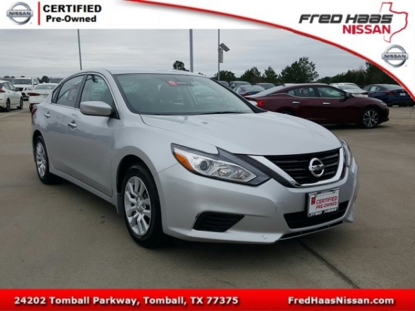 2018 Nissan Altima in Tomball, TX