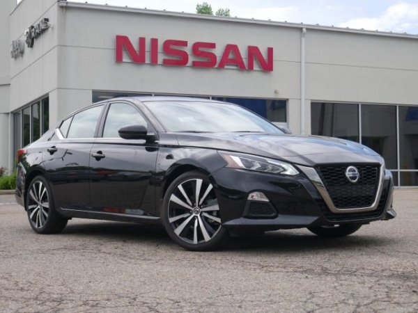 2019 Nissan Altima in Athens, OH