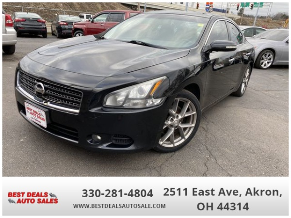 2011 Nissan Maxima in Akron, OH