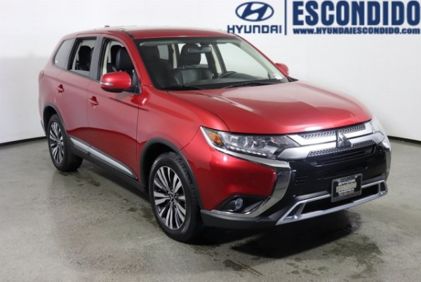 2019 Mitsubishi Outlander in Escondido, CA