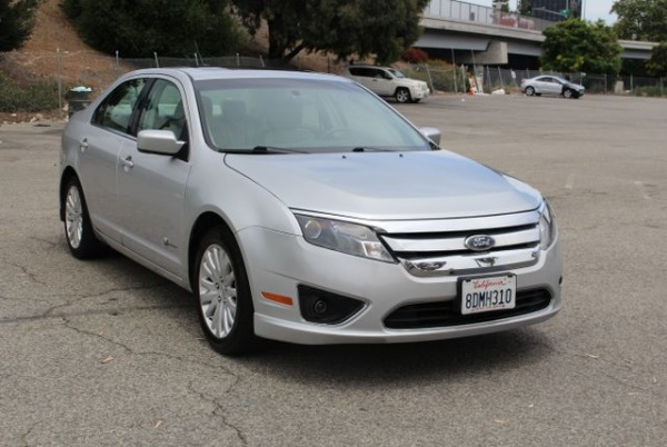 2010 Ford Fusion in Van Nuys, CA