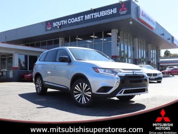 2020 Mitsubishi Outlander in Costa Mesa, CA