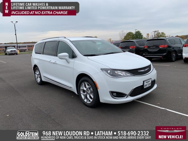 2020 Chrysler Pacifica in Latham, NY