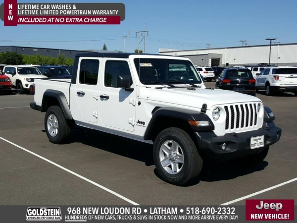 2020 Jeep Gladiator in Latham, NY