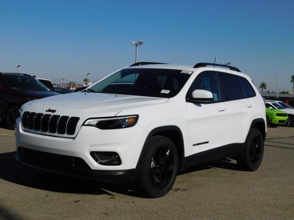 2020 Jeep Cherokee in Lancaster, CA