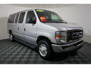 8fd2dfe051 2014 Ford Econoline Wagon E-350 Super Duty XLT for Sale in Memphis
