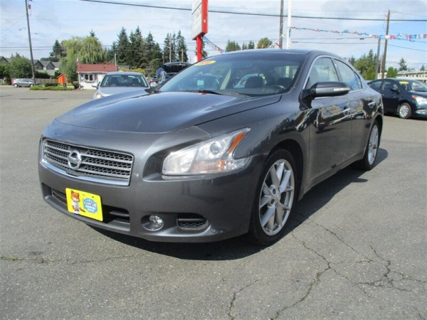 2010 Nissan Maxima in Everett, WA