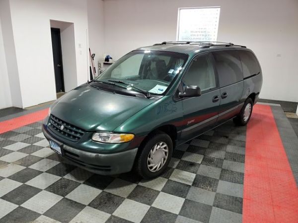 1998 Plymouth Voyager in Blue Springs, MO