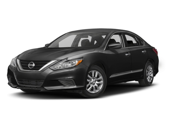 2017 Nissan Altima in Patchogue, NY