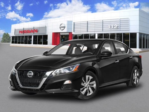 2020 Nissan Altima in Patchogue, NY