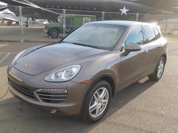 2014 Porsche Cayenne Manual AWD