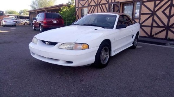 1998 Ford Mustang Standard