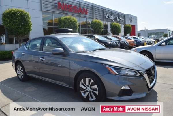 2020 Nissan Altima in Avon, IN