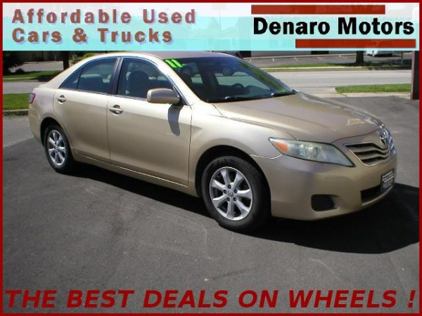 2011 Toyota Camry in Rochester, MN