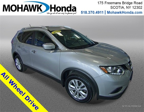 2015 Nissan Rogue in Scotia, NY