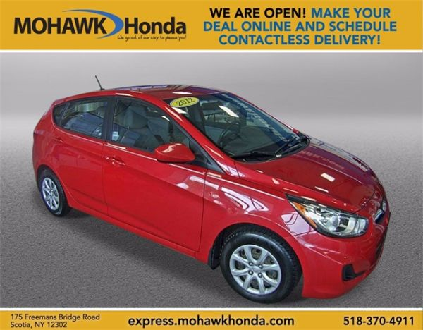 2012 Hyundai Accent in Scotia, NY