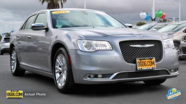 2007 Chrysler 300 Performance | U.S. News & World Report on chrysler 300m on 18s, walter chrysler pacifica edition, chrysler 300 parts, chrysler 300 tune-up, chrysler v1.0, chrysler girl,