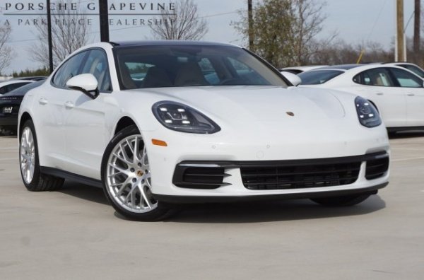 2019 Porsche Panamera RWD