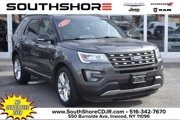 2017 Ford Explorer in Inwood, NY