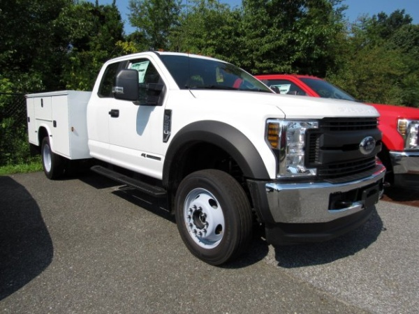 2019 Ford Super Duty F-450 Chassis Cab in Turnersville, NJ