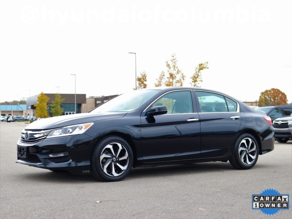 2017 Honda Accord in Columbia, TN