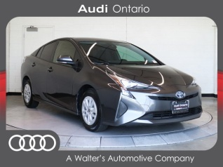 79c58498b0 2017 Toyota Prius Two for Sale in Ontario