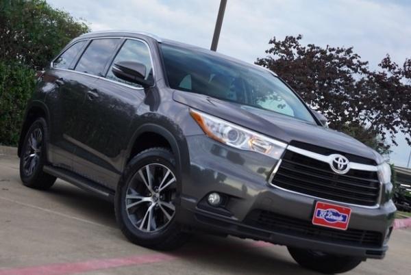 2016 Toyota Highlander in McKinney, TX