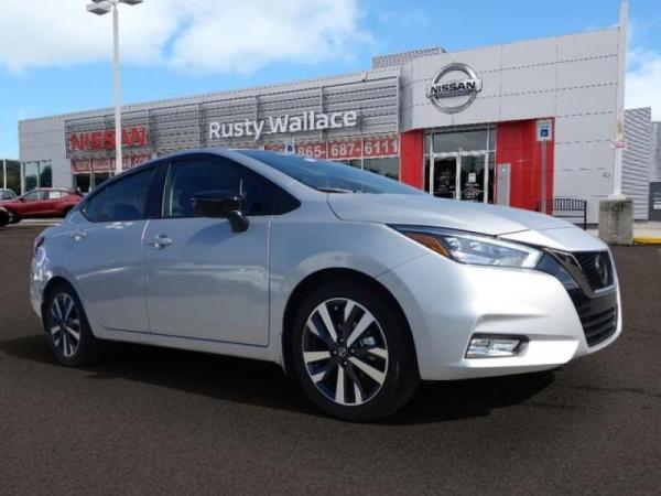 2020 Nissan Versa in Knoxville, TN