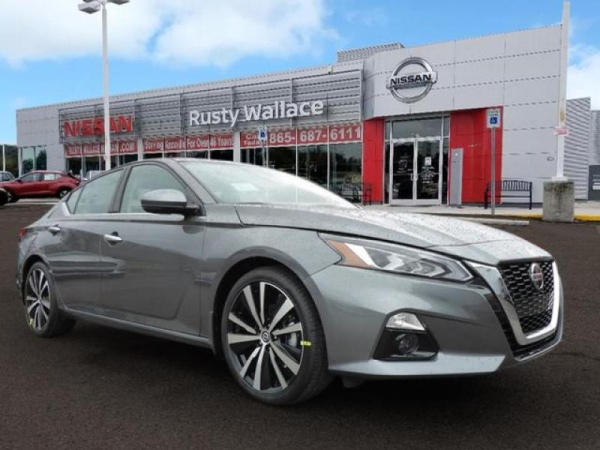 2019 Nissan Altima in Knoxville, TN