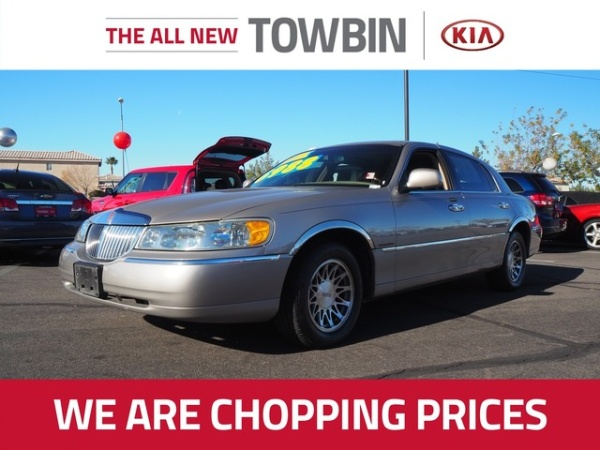 2002 Lincoln Town Car in Henderson, NV