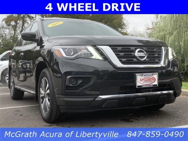 2017 Nissan Pathfinder in Libertyville, IL