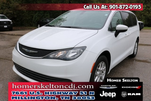 2018 Chrysler Pacifica in Millington, TN