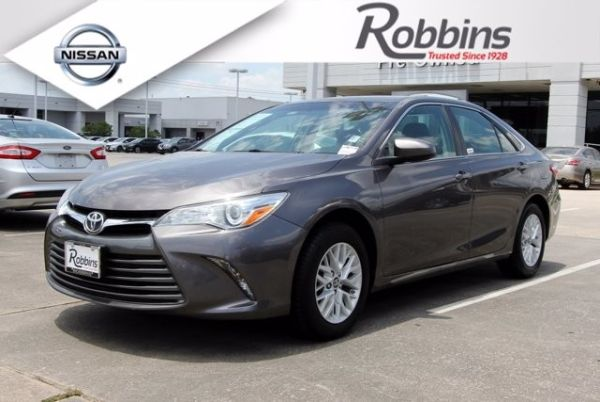 2016 Toyota Camry in Humble, TX