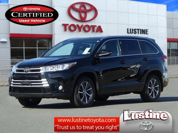 2017 Toyota Highlander in Woodbridge, VA
