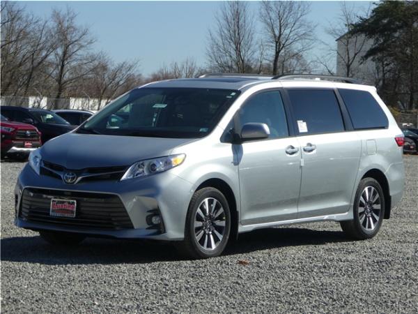 2019 Toyota Sienna XLE Premium