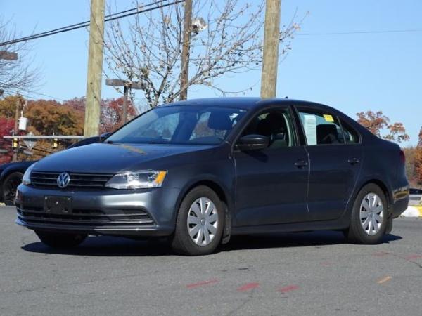 2016 Volkswagen Jetta in Woodbridge, VA