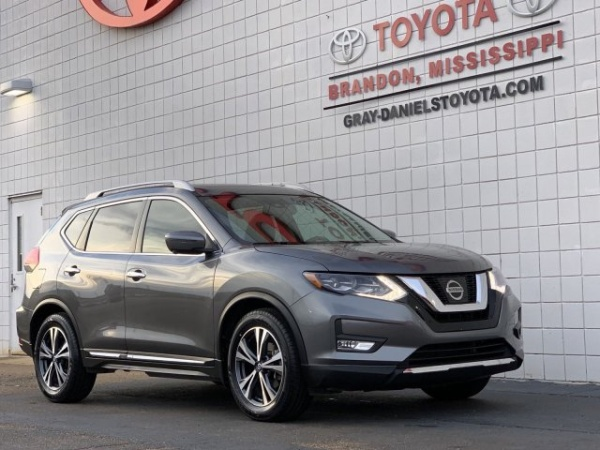 2017 Nissan Rogue in Brandon, MS