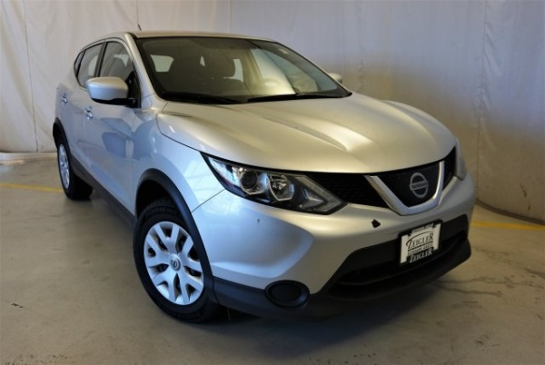 2018 Nissan Rogue Sport in Downers Grove, IL