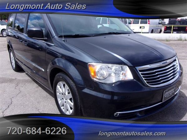 2014 Chrysler Town & Country in Longmont, CO