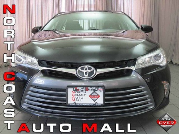 2015 Toyota Camry in Akron, OH