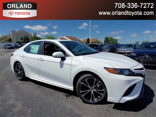 2020 Toyota Camry in Tinley Park, IL