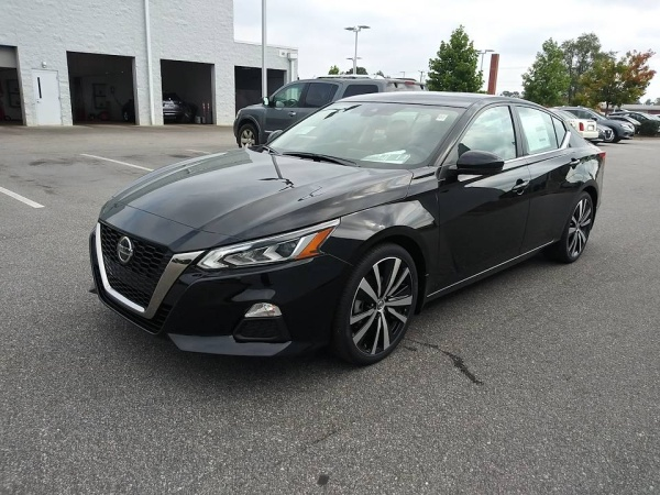 2020 Nissan Altima in Fayetteville, NC