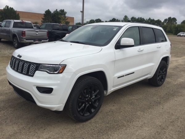 2020 Jeep Grand Cherokee in Pinckney, MI