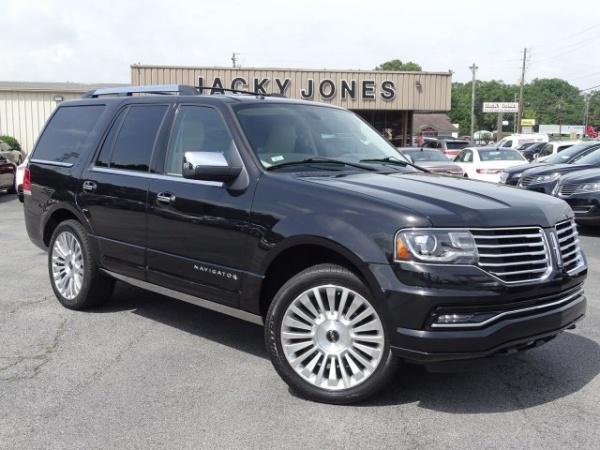 2015 Lincoln Navigator in Gainesville, GA