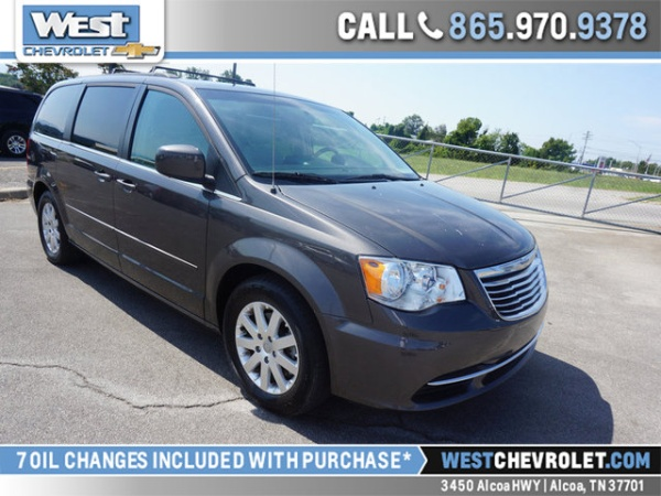 2015 Chrysler Town and Country LX