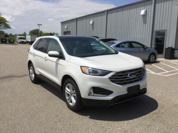2019 Ford Edge in Milwaukee, WI