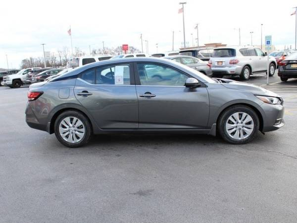 2020 Nissan Sentra in Wood River, IL