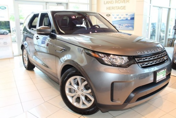 2018 Land Rover Discovery in Chantilly, VA