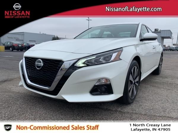 2020 Nissan Altima in Lafayette, IN